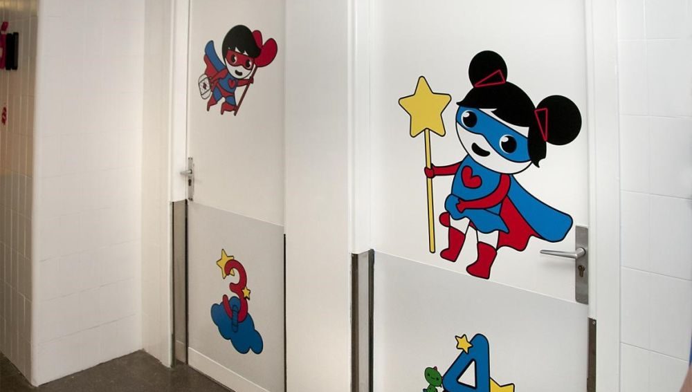 El Hospital de Guadalajara estrena nueva decoración con 'Superhéroes que llegan al corazón'
