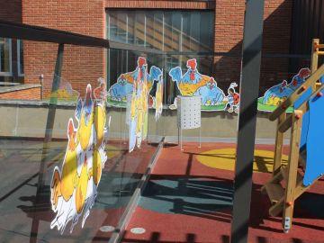 Los niños del Hospital Materno Infantil de Badajoz disfrutan de un nuevo parque infantil