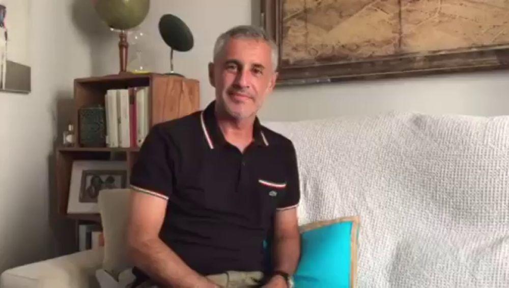 Sergio Dalma participa en la campaña 'Borremos el dolor infantil'