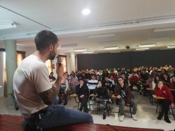 Alumnos de Formación Profesional participan en la Semana de Concienciación Social