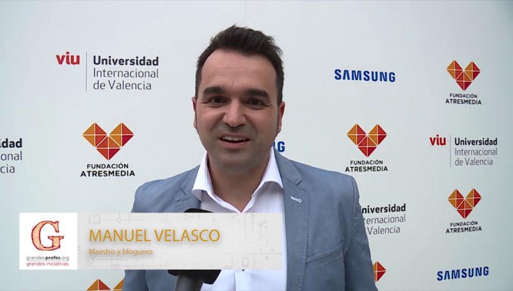 Manu Velasco te anima a participar en los 'Premios Grandes Profes, Grandes Iniciativas'