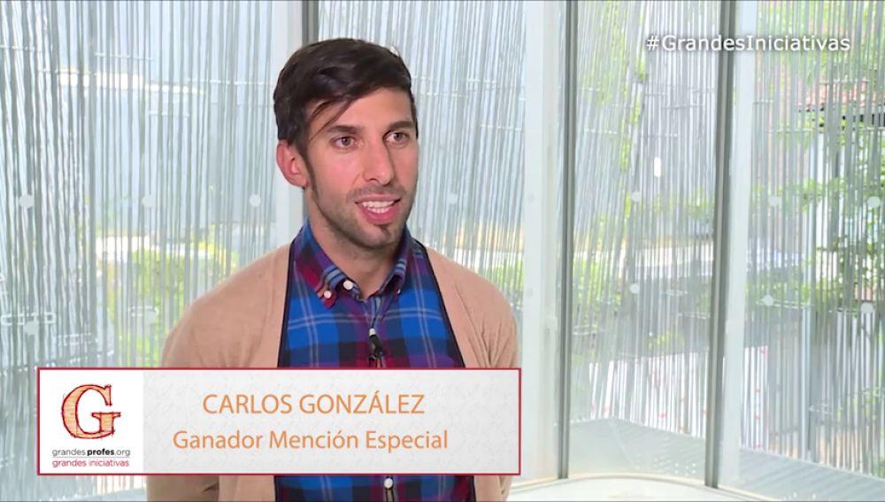 Carlos González, ganador de la Mención Especial con su iniciativa para los alumnos con necesidades educativas