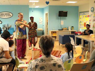 Los niños de La Fe celebran el Día Internacional del Libro Infantil