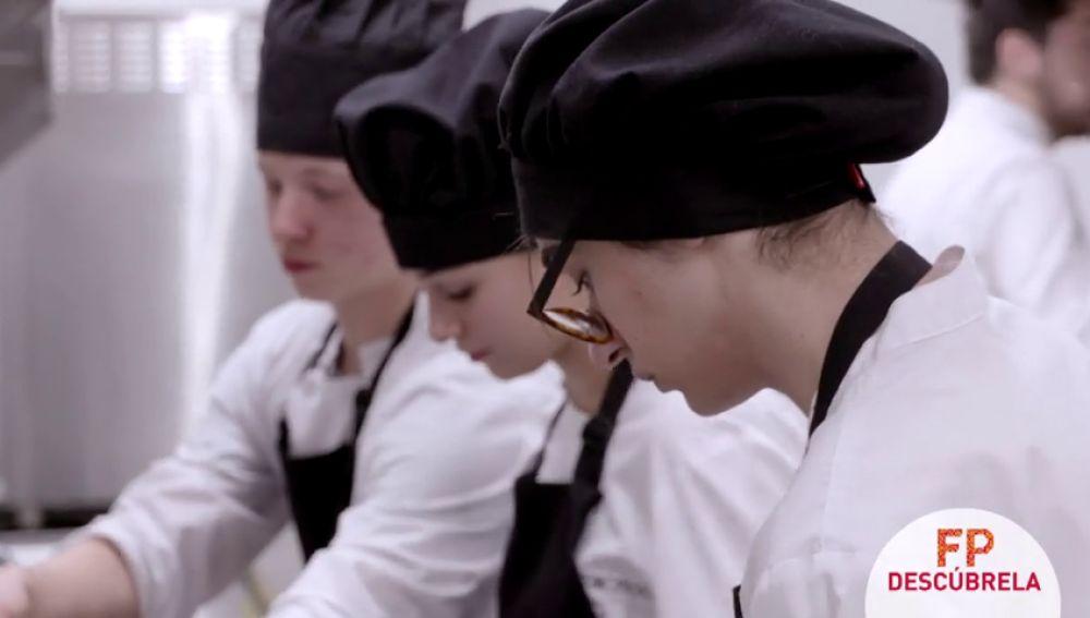 """""""He recibido una beca Erasmus a Italia para realizar las prácticas como cocinera"""""""