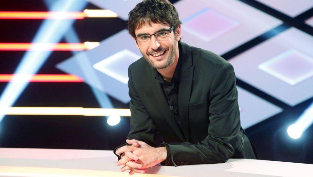 Juanra Bonet presenta los Premios Grandes Iniciativas