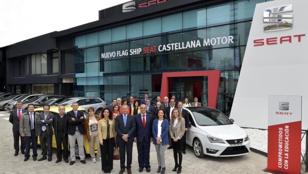 SEAT dona dieciséis vehículos a centros de FP