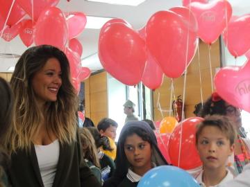 Lorena Gómez visita el Hospital Universitario La Paz
