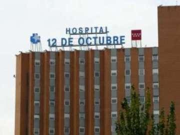 Los niños ingresados en el Hospital 12 de Octubre comparten juegos con los soldados imperiales de la Legión 501