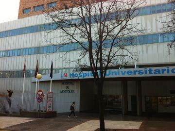 El área de pediatría del Hospital Universitario de Móstoles es decorada por los alumnos de la Universidad Rey Juan Carlos