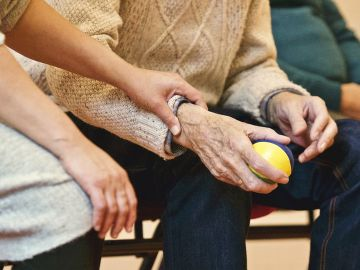 Alemania oferta 90 plazas de FP Dual en cuidado de personas mayores