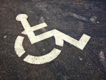 Una App ayuda a encontrar aparcamiento a personas con movilidad reducida