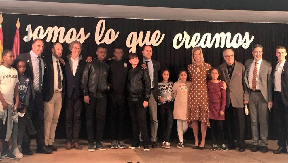 La Fundación Atresmedia recibe el premio 'Mirada de Infancia' por su implicación en educación