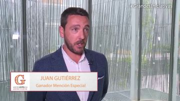 """Juan Gutiérrez, ganador de una mención especial: """"Mis alumnos son unos superhéroes"""""""
