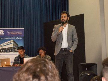 Visita del realizador y guionista Rakesh B. Narwani