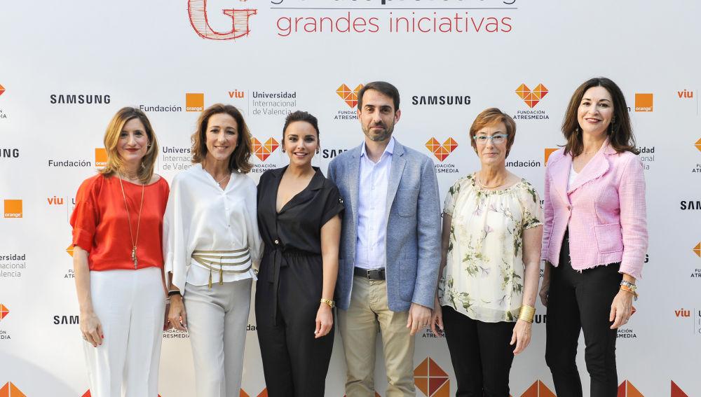 Eva Giner, Sonia Díez, Chenoa, Alfonso Fernández, Carmen Bieger y Luz Usamentiaga