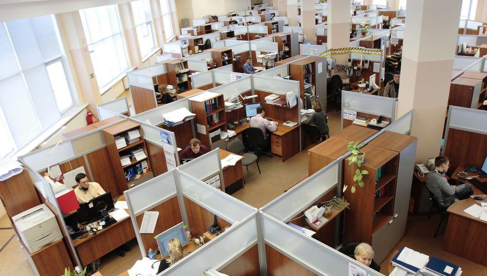 El 42,2 % de las ofertas de empleo publicadas el pasado año exigían el título de Formación Profesional