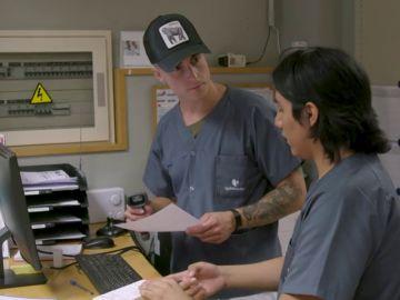 iLeovlogs visita a Rodrigo Atausupa en el Hospital Quirónsalud San José