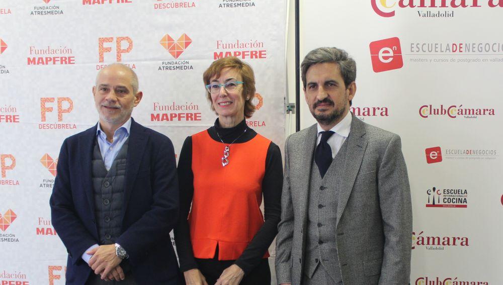 Víctor Caramanzana, Carmen Bieger y Daniel Restrepo