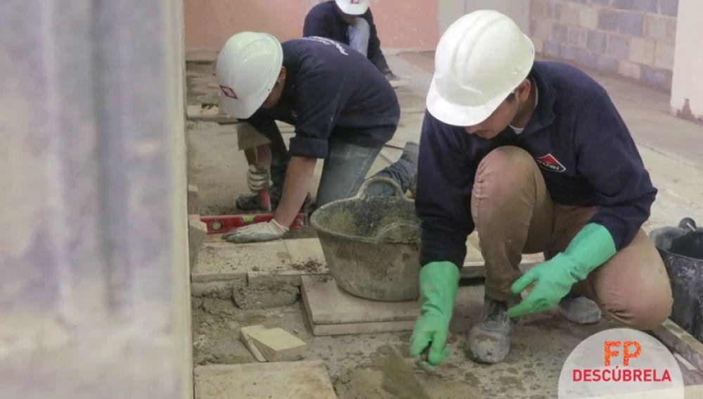 Descubre el título 'Técnico en Construcción', una de las formaciones más demandadas por la falta de mano de obra