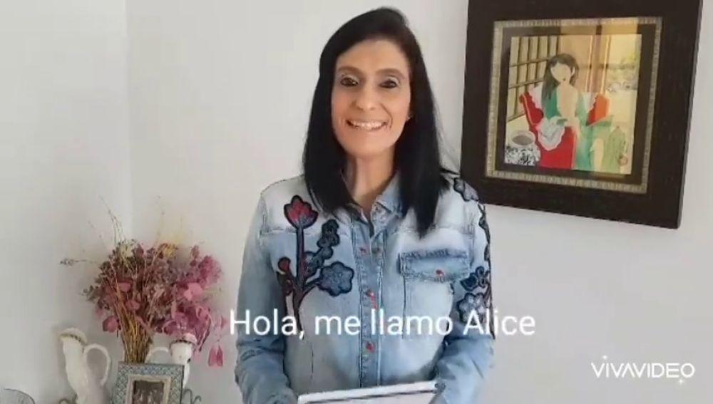 Alicia, maestra en el Colegio Duquesa de la Victoria