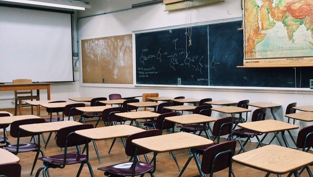 PANORAMA EDUCATIVO Y LA EDUCACIÓN SEMIPRESENCIAL: Educación semipresencial por el COVID-19