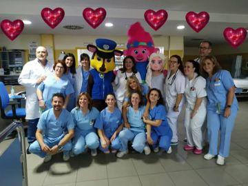 Besos desde el aula hospitalaria y Pediatría del Hospital San Agustín